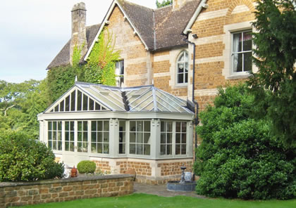 Conservatory on listed house in Oxford